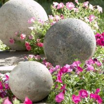 Diy Garden Globes 10 214x214 - 44+ Super Interesting DIY Garden Globes Ideas