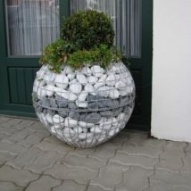Diy Garden Globes 14 214x214 - 44+ Super Interesting DIY Garden Globes Ideas