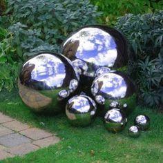 Diy Garden Globes 2 - 44+ Super Interesting DIY Garden Globes Ideas