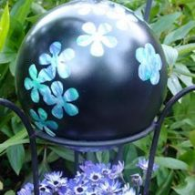 Diy Garden Globes 20 214x214 - 44+ Super Interesting DIY Garden Globes Ideas