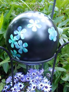 Diy Garden Globes 20 - 44+ Super Interesting DIY Garden Globes Ideas