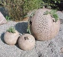 Diy Garden Globes 36 214x194 - 44+ Super Interesting DIY Garden Globes Ideas