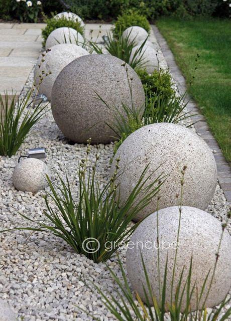 Diy Garden Globes 54 - 44+ Super Interesting DIY Garden Globes Ideas