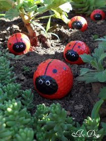 Diy Garden Globes 9 - 44+ Super Interesting DIY Garden Globes Ideas