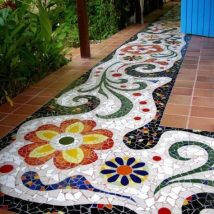 40+ Unforeseen DIY Garden Mosaics Projects