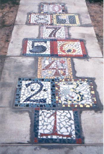 Diy Garden Mosaics Projects 11 - 40+ Unforeseen DIY Garden Mosaics Projects