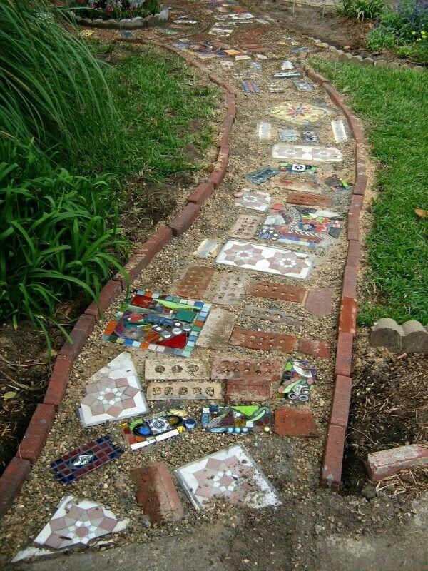 Diy Garden Mosaics Projects 12 - 40+ Unforeseen DIY Garden Mosaics Projects