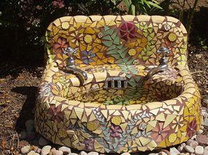 Diy Garden Mosaics Projects 13 - 40+ Unforeseen DIY Garden Mosaics Projects
