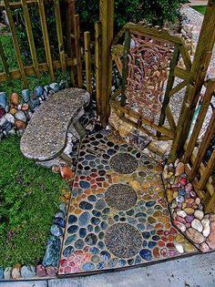 Diy Garden Mosaics Projects 21 - 40+ Unforeseen DIY Garden Mosaics Projects