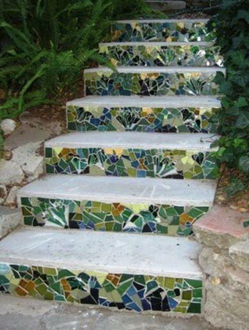 Diy Garden Mosaics Projects 23 - 40+ Unforeseen DIY Garden Mosaics Projects
