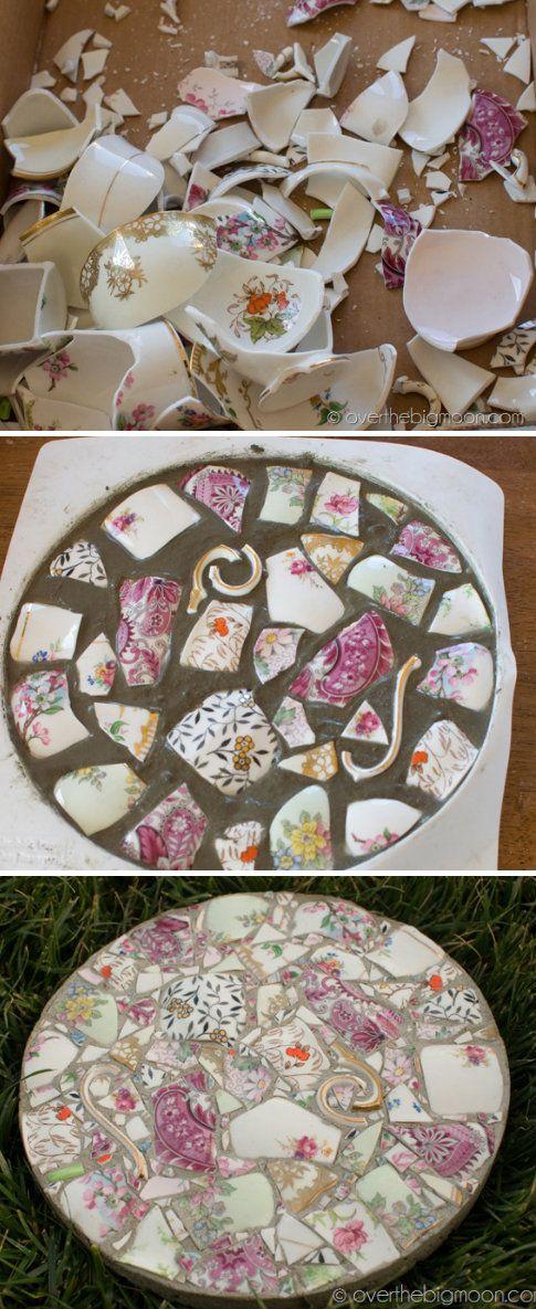 Diy Garden Mosaics Projects 24 - 40+ Unforeseen DIY Garden Mosaics Projects