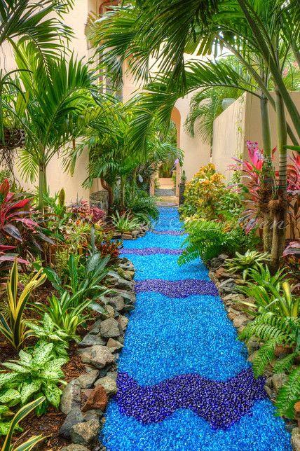 Diy Garden Mosaics Projects 27 - 40+ Unforeseen DIY Garden Mosaics Projects