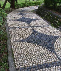 Diy Garden Mosaics Projects 29 - 40+ Unforeseen DIY Garden Mosaics Projects