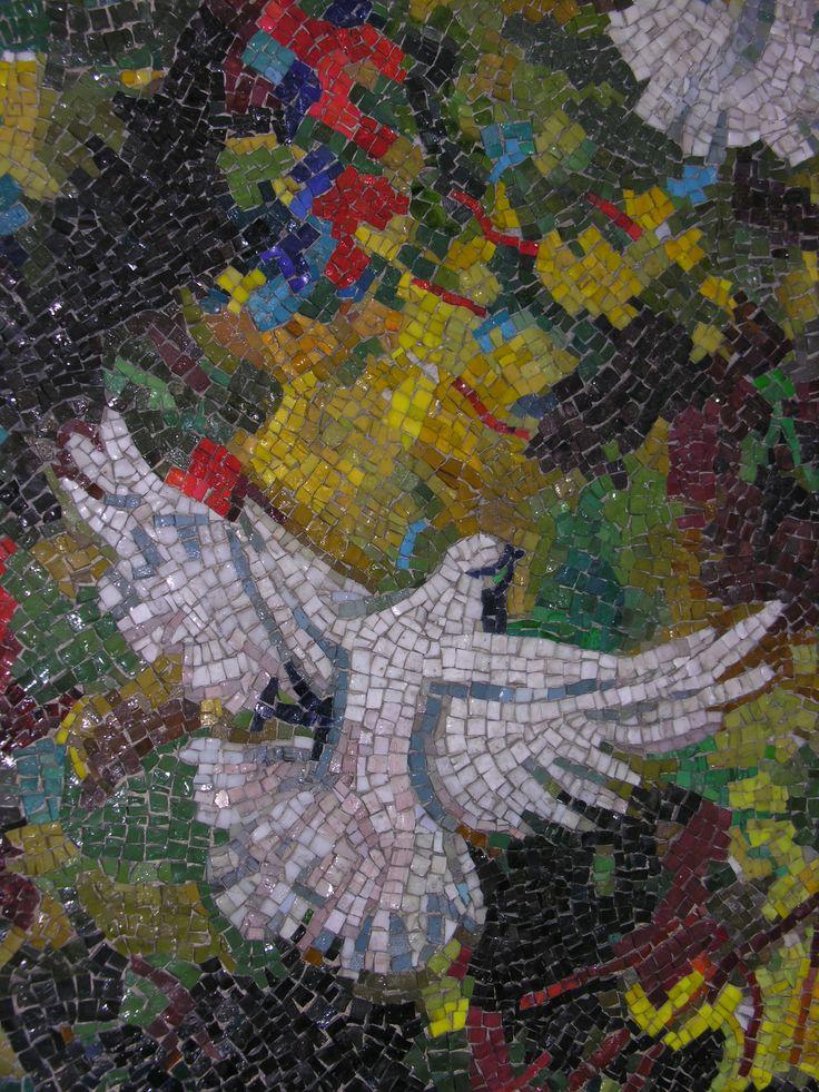 Diy Garden Mosaics Projects 34 - 40+ Unforeseen DIY Garden Mosaics Projects