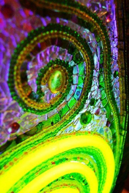 Diy Garden Mosaics Projects 35 - 40+ Unforeseen DIY Garden Mosaics Projects