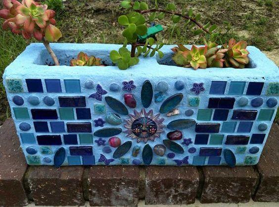 Diy Garden Mosaics Projects 43 - 40+ Unforeseen DIY Garden Mosaics Projects