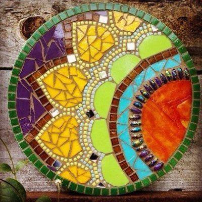 Diy Garden Mosaics Projects 46 - 40+ Unforeseen DIY Garden Mosaics Projects