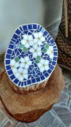 Diy Garden Mosaics Projects 47 - 40+ Unforeseen DIY Garden Mosaics Projects