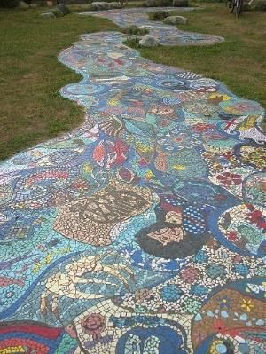 Diy Garden Mosaics Projects 53 - 40+ Unforeseen DIY Garden Mosaics Projects