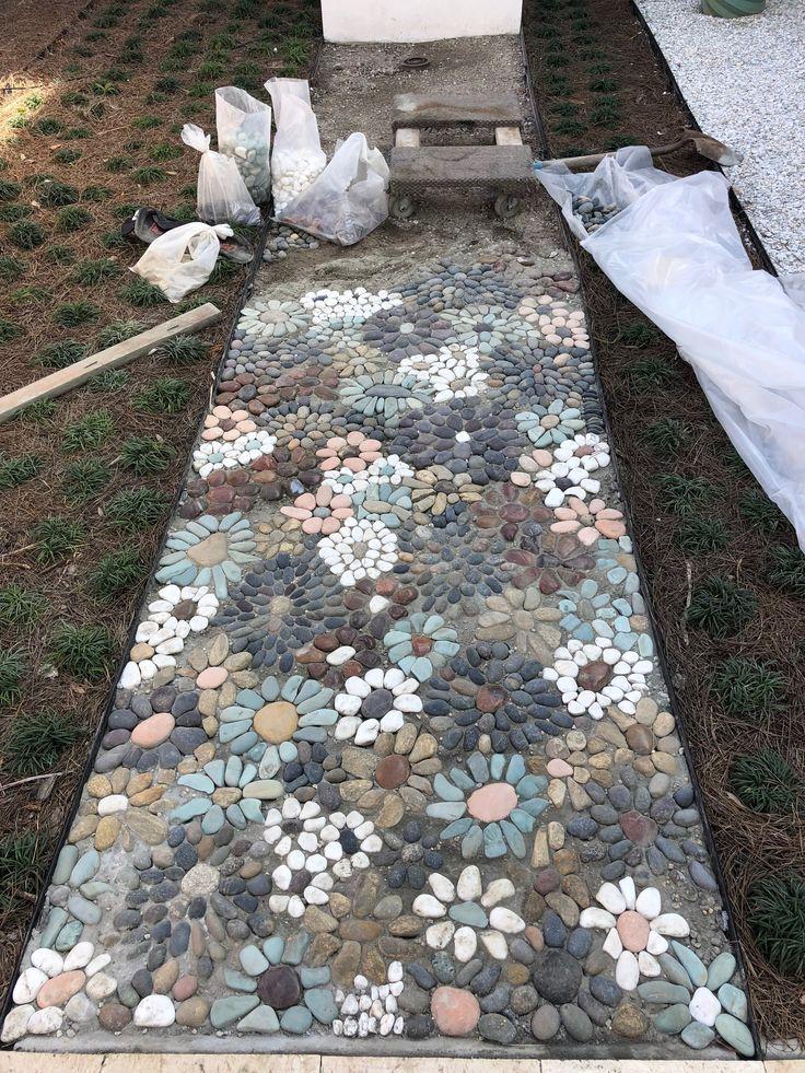 Diy Garden Mosaics Projects 9 - 40+ Unforeseen DIY Garden Mosaics Projects