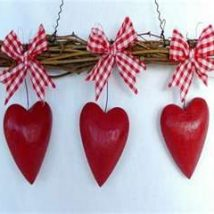 Diy Hanging Decorations 31 214x214 - Breathtaking DIY Gift Boxes Ideas