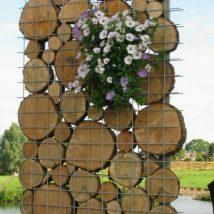 Diy Living Fence Art 16 214x214 - Heart-Stopping DIY Living Fence Art Ideas