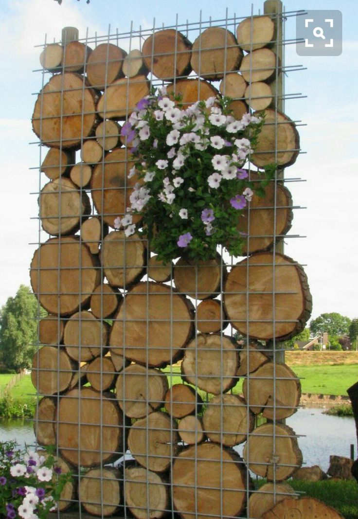 Diy Living Fence Art 16 - Heart-Stopping DIY Living Fence Art Ideas
