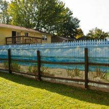 Diy Living Fence Art 18 214x214 - Heart-Stopping DIY Living Fence Art Ideas