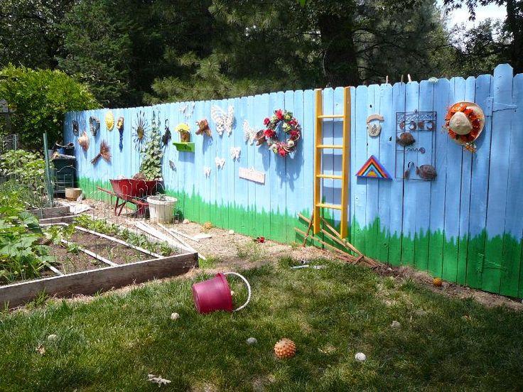 Diy Living Fence Art 19 - Heart-Stopping DIY Living Fence Art Ideas