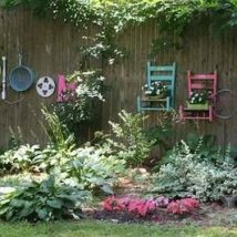 Diy Living Fence Art 21 214x214 - Heart-Stopping DIY Living Fence Art Ideas