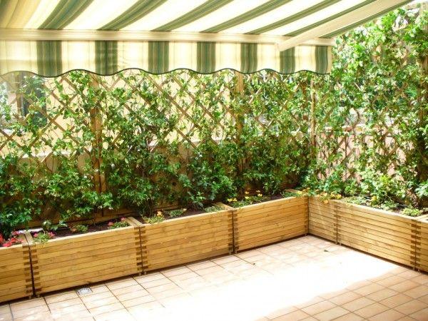 Diy Living Fence Art 23 - Heart-Stopping DIY Living Fence Art Ideas
