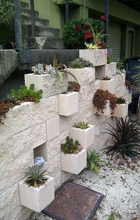 Diy Living Fence Art 31 - Heart-Stopping DIY Living Fence Art Ideas