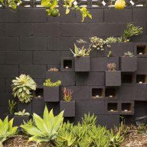 Diy Living Fence Art 32 214x214 - Heart-Stopping DIY Living Fence Art Ideas