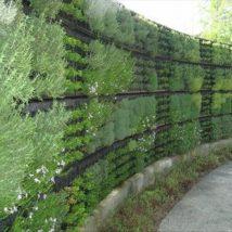 Diy Living Fence Art 37 214x214 - Heart-Stopping DIY Living Fence Art Ideas