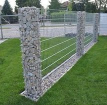 Diy Living Fence Art 38 214x210 - Heart-Stopping DIY Living Fence Art Ideas