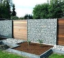 Diy Living Fence Art 39 214x194 - Heart-Stopping DIY Living Fence Art Ideas