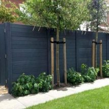 Diy Living Fence Art 41 214x214 - Heart-Stopping DIY Living Fence Art Ideas