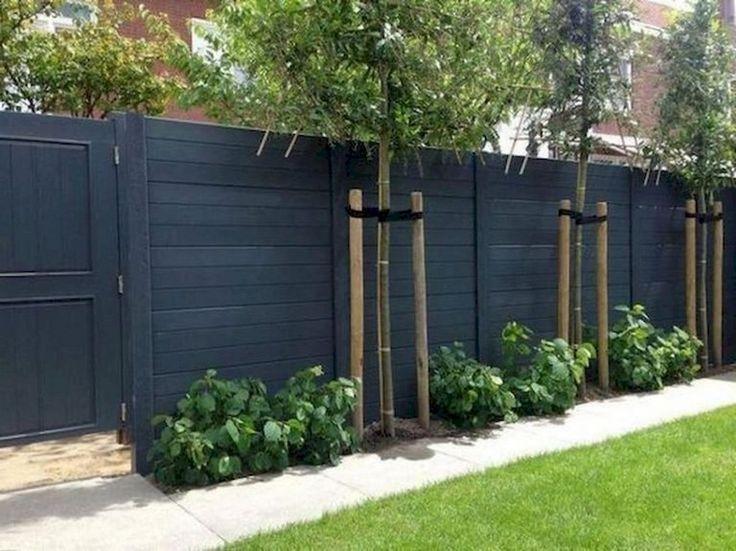 Diy Living Fence Art 41 - Heart-Stopping DIY Living Fence Art Ideas