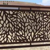 Diy Living Fence Art 50 214x214 - Heart-Stopping DIY Living Fence Art Ideas