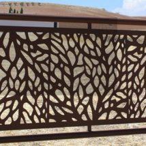 Diy Living Fence Art 50 214x214 - Heart-Stopping DIY Living Fence Art Ideas