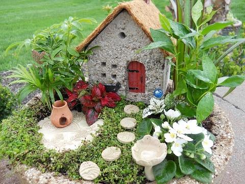 Diy Miniature Stone Houses 44 - Cutest DIY Miniature Stone House Ideas