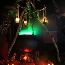 Diy Outdoor Lights 47 214x214 - 45+ Gorgeous and Easy DIY Outdoor Lighting Ideas