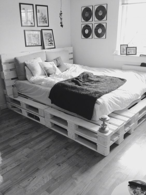 Diy Pallet Bed 10 - Amazing DIY Pallet Bed Ideas