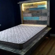 Diy Pallet Bed 13 214x214 - Amazing DIY Pallet Bed Ideas