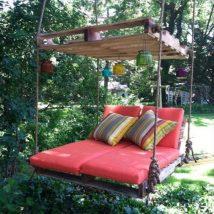 Diy Pallet Bed 23 214x214 - Amazing DIY Pallet Bed Ideas