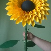 Diy Paper Flowers 29 214x214 - Coolest DIY Paper Flowers for Anyone
