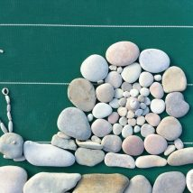 Diy Pebble Art 32 214x214 - 55+ of the Best Creative DIY Ideas For Pebble Art Crafts