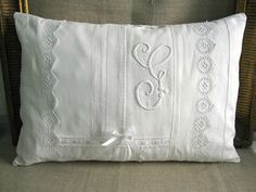 Diy Pillow Slipcover 17 - Looking For DIY Pillow Cover Ideas ?