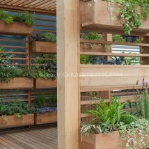 Diy Raised Planters 25 214x214 - Best DIY Raised Planters Ideas you can find