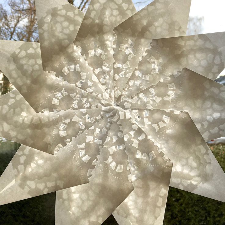 Diy Snowflakes 17 - Coolest DIY Snowflakes You Can Make Easily
